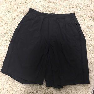 "PRISTINE Lululemon pace breaker shorts 9"""